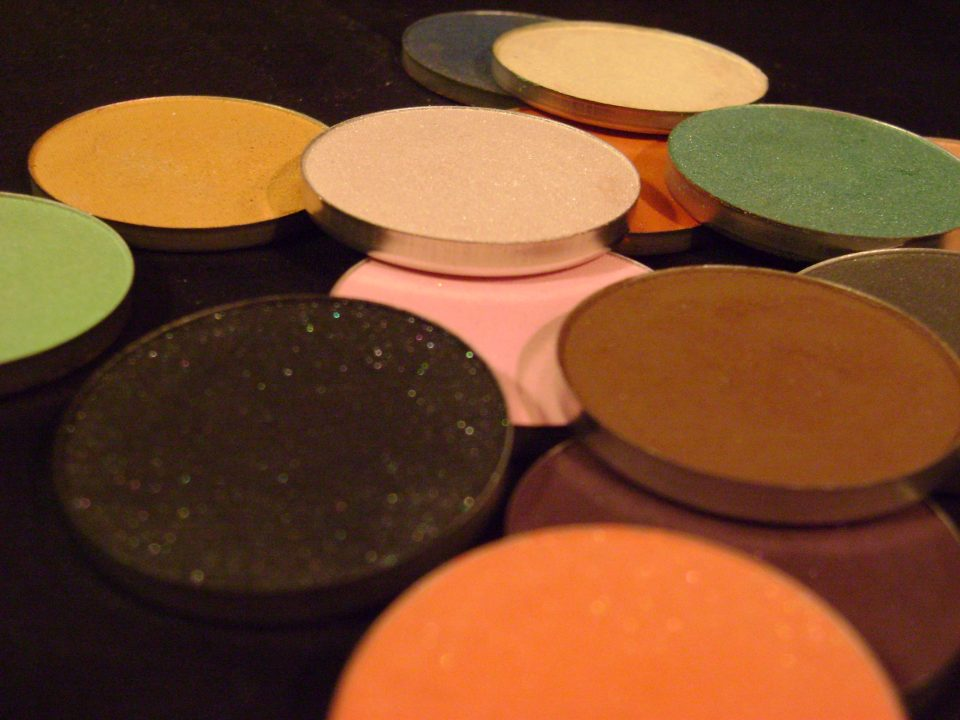 Makeup eyeshadows